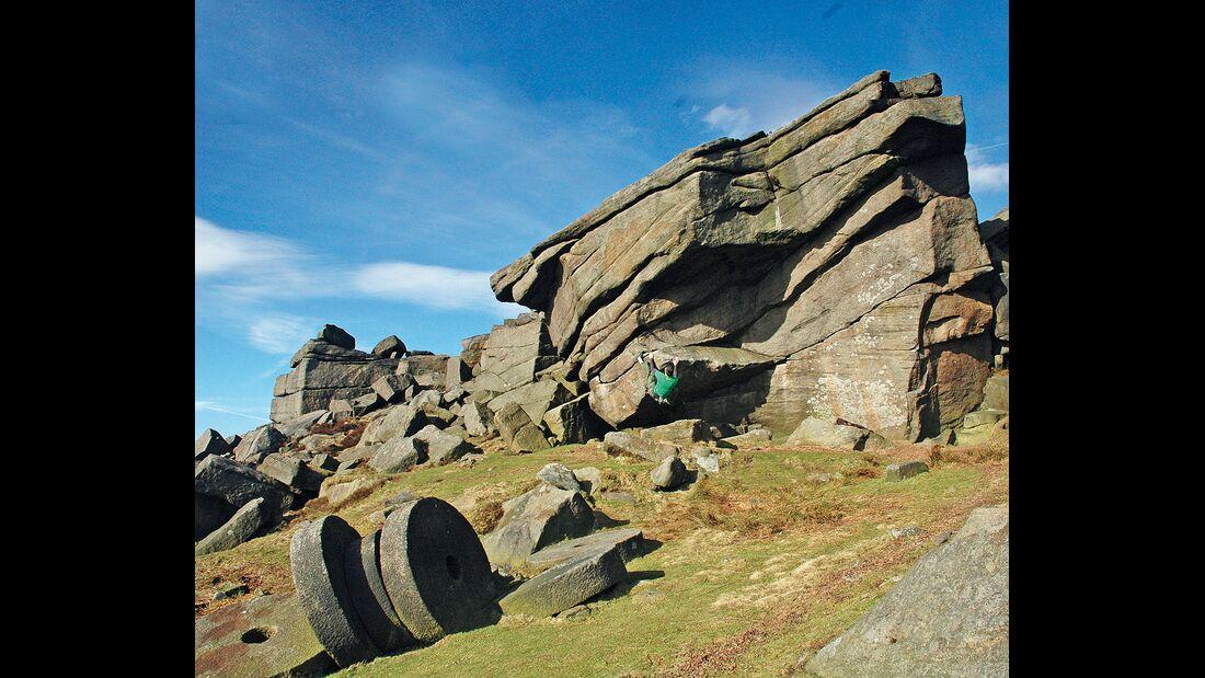 kl-bouldern-england-boulder-britain-peak-district-stanage-edge (jpg)