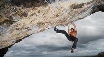 kl-bouldern-england-nord-wales-parisellas-cave-c-alex-messenger (jpg)