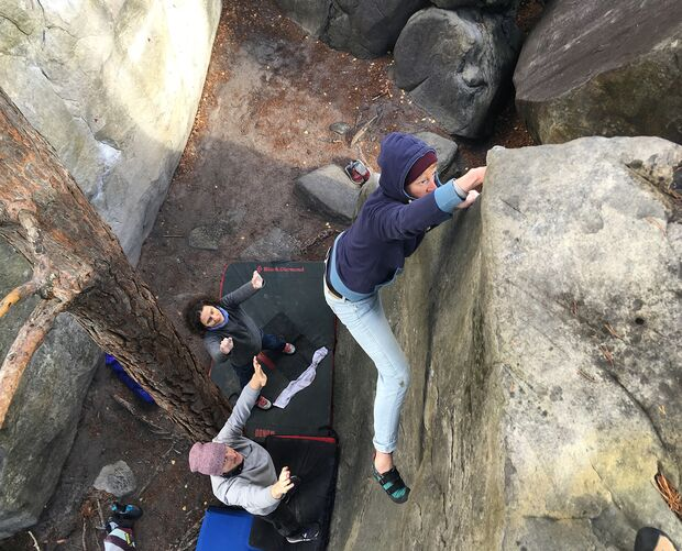 kl-bouldern-in-fontainebleau-melle-kante-chats-3519 (jpg)