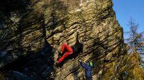 kl-bouldern-schneeberg-sneznik-martin-jungling-helvetsky-kriz-8a+-fa-foto-zdenek-suchy (jpg)