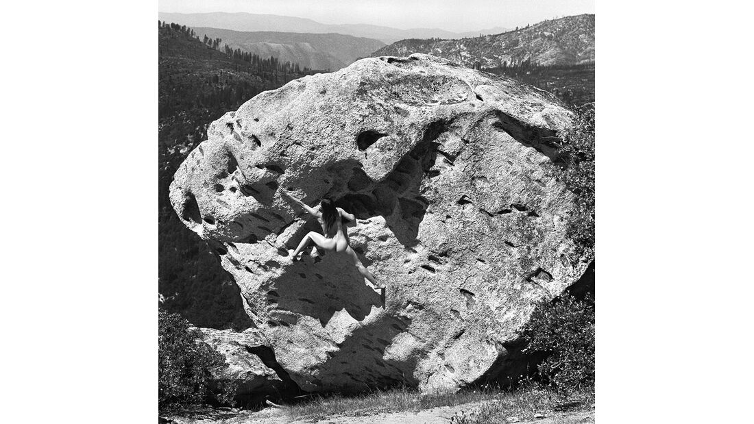 kl-bouldern-stone-nudes-2016-c-dean-fidelman-010-October (jpg)