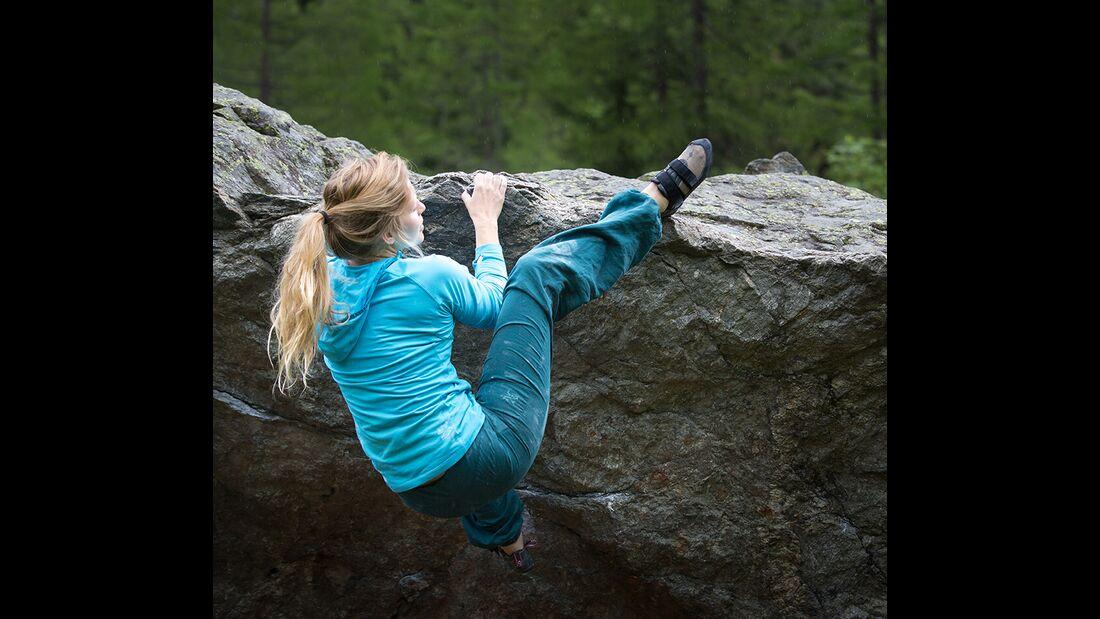 kl-hueftbeweglichkeit-bouldern-mina-heelhook-c-jacob-slot-511a2772 (jpg)