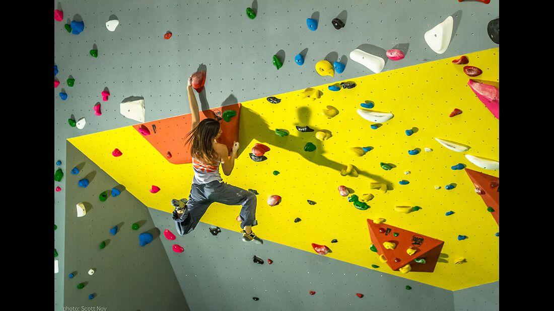 kl-kaddi-tipps-besser-klettern-boulderkitchen-springen-c-scott-noy (jpg)