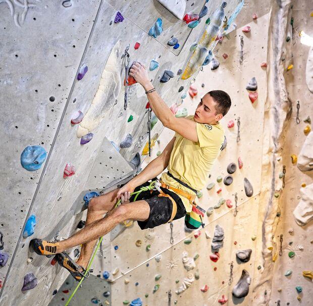 kl-klettern-ausdauer-training-niki-schall-waldau213-c-ralph-stoehr (jpg)