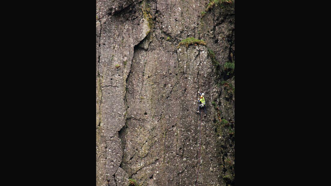 kl-klettern-in-irland-tradklettern-am-meer-c-david-flanagan-_0732 (jpg)