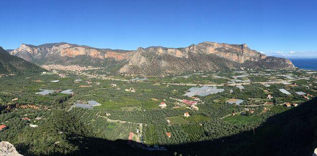 kl-klettern-leonidio-panorama-c-volker-leuchsner-IMG_1760 (jpg)
