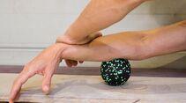 kl-massage-regeneration-unterarm-massage-klettern-kugel-quadr (jpg)