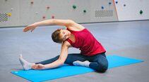 kl-mobilitaet-klettern-bouldern-uebungen-gedrehte-kopf-knie-19-02-12-Lulu-Roccadion083 (jpg)