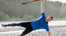 kl-outdoor-gym-jack-wolfskin-felix-klemme-outdoortraining-seitstuetz-mit-stock1 (jpg)