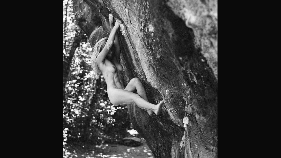 kl-stone-nudes-2017-005-may (jpg)