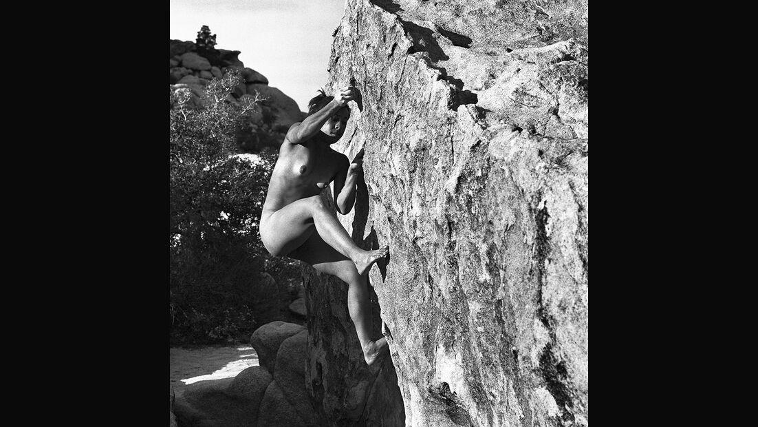 kl-stone-nudes-2017-007-july (jpg)