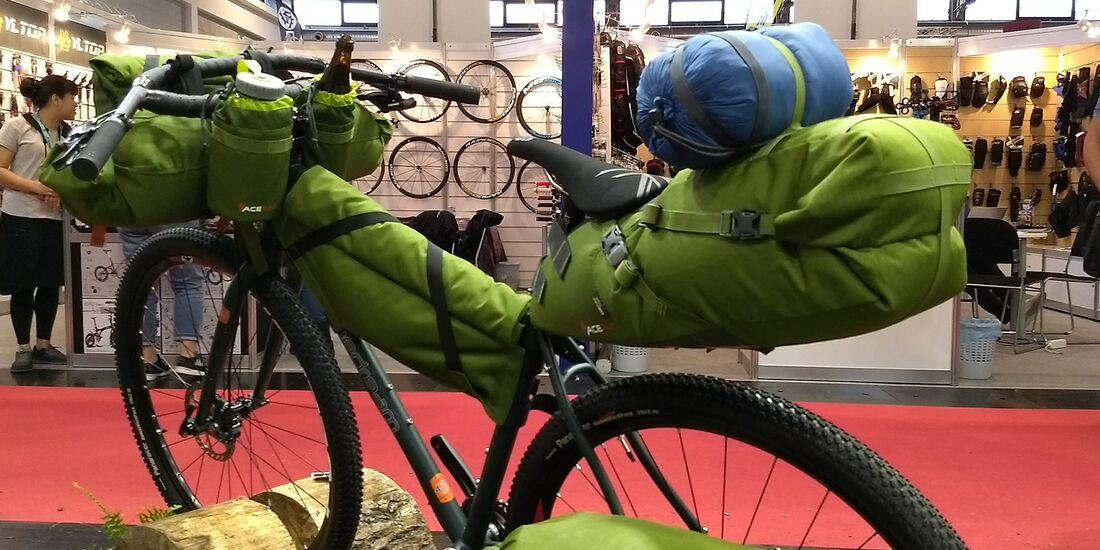 mb-bikepacking-acepak-03.jpg