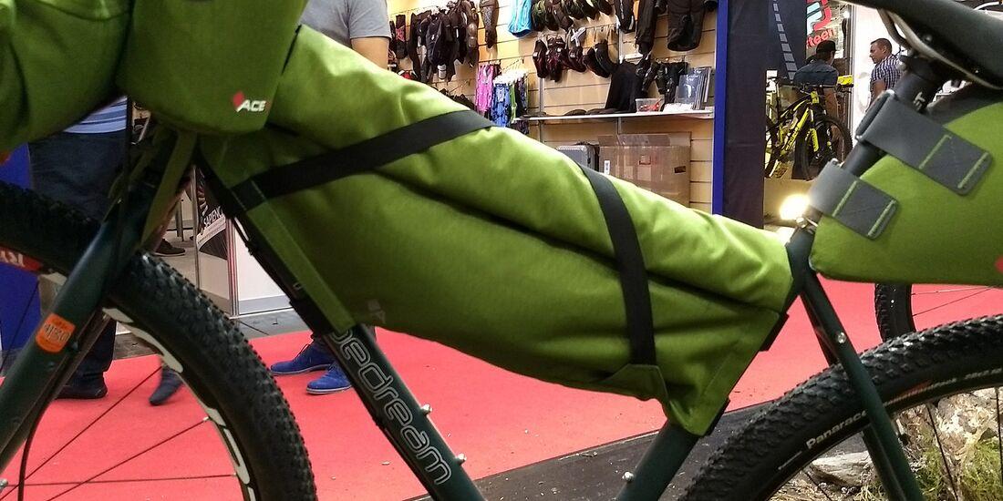 mb-bikepacking-acepak-04.jpg