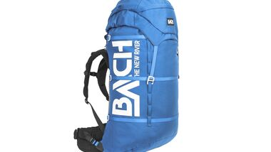 od-0218-tested-on-tour-rucksack-bach-the-new-windriver-daphne-blue-with-hood-with-compression-straps-01 (jpg)