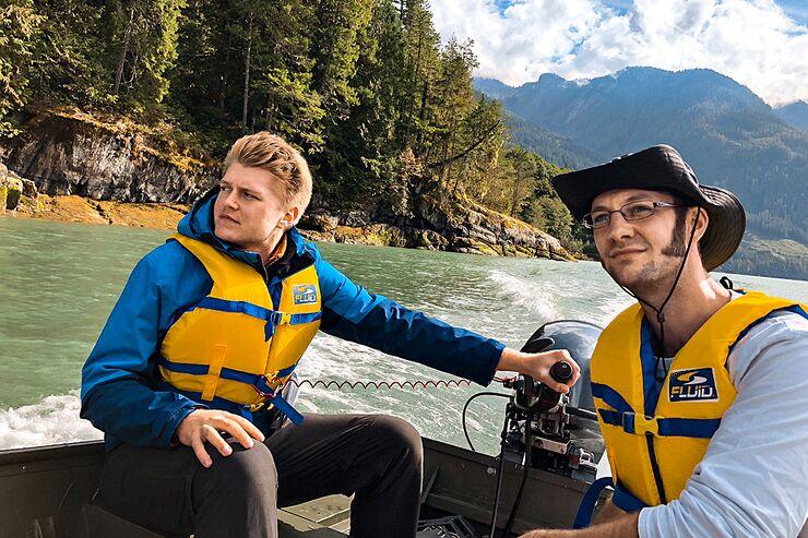 od-0219-kanada-Wilderness-International-Fahrt-auf-dem-Toba-Fjord-in-Richtung-des-Toba-Rivers_Copyright-Kai-Andersch_100pc.psd (jpg)