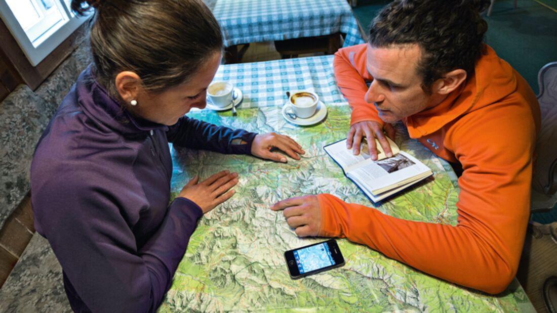od-0316-navi-app-aufmacher (jpg) Karte Hütte Handy Smartphone