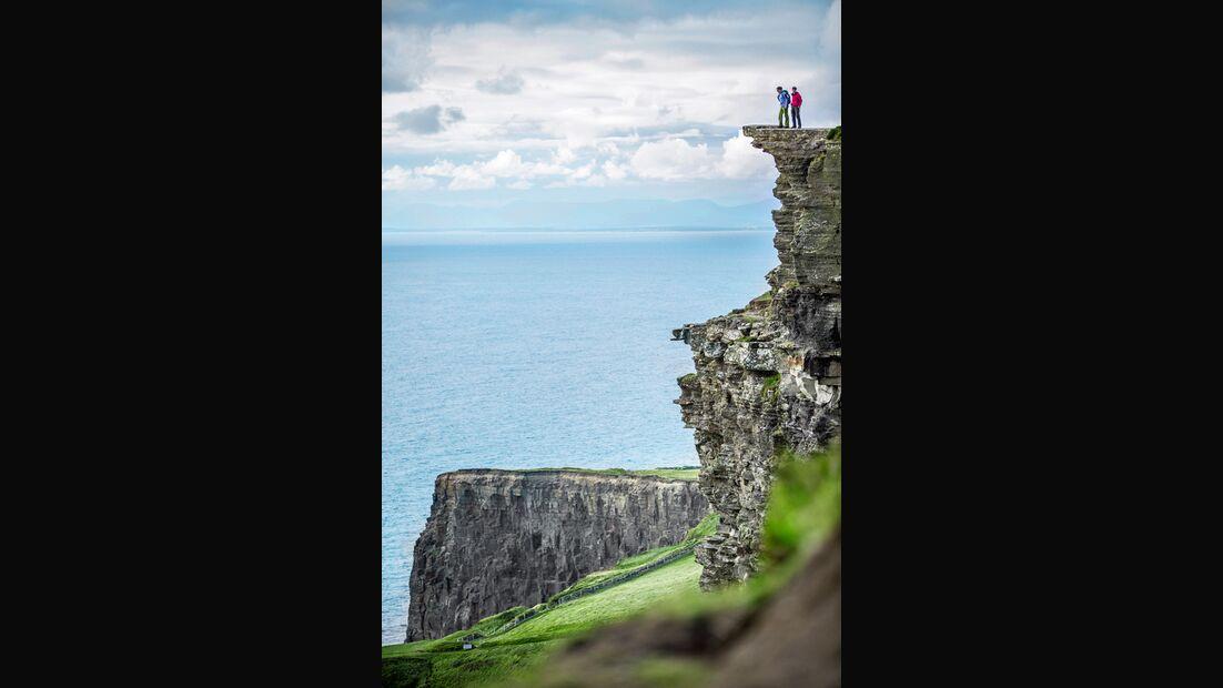 od-0416-irland-cliff (jpg)