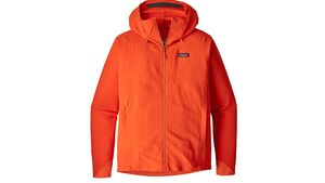 od-0518-softshelljacken-test-patagonia-r1-tech-face-hoody-herren.jpg
