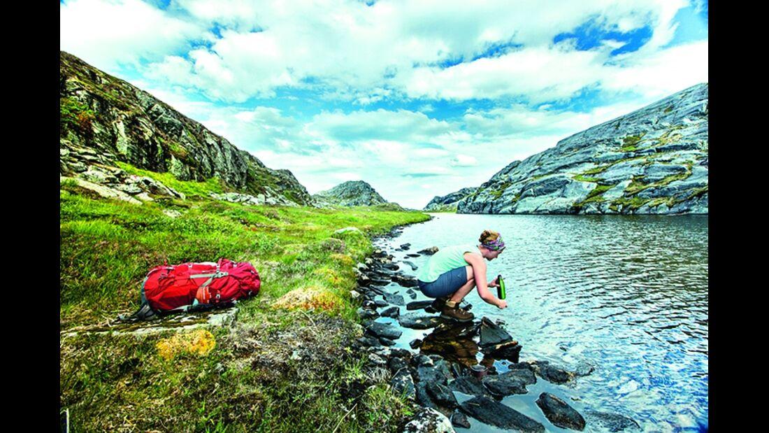od-1214-norwegen-trek-fjordruta-trinkwasser (jpg)