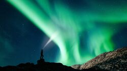 od-1217-stirnlampen-teaser-aufmacher nordlichter polarlicht (jpg)