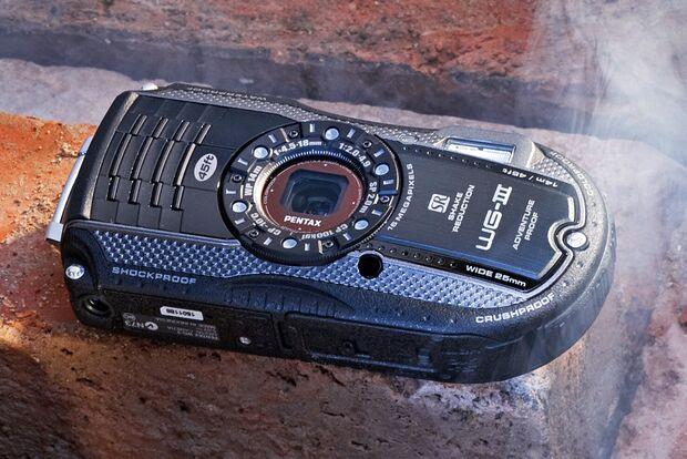 od-2014-kameras-pentax-wg-3-gps (jpg)