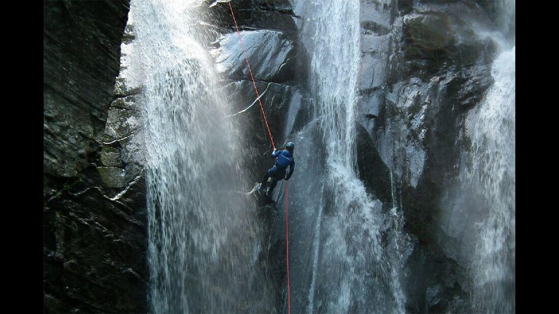od-2015-canyoning-bergwasser-7 (jpg)