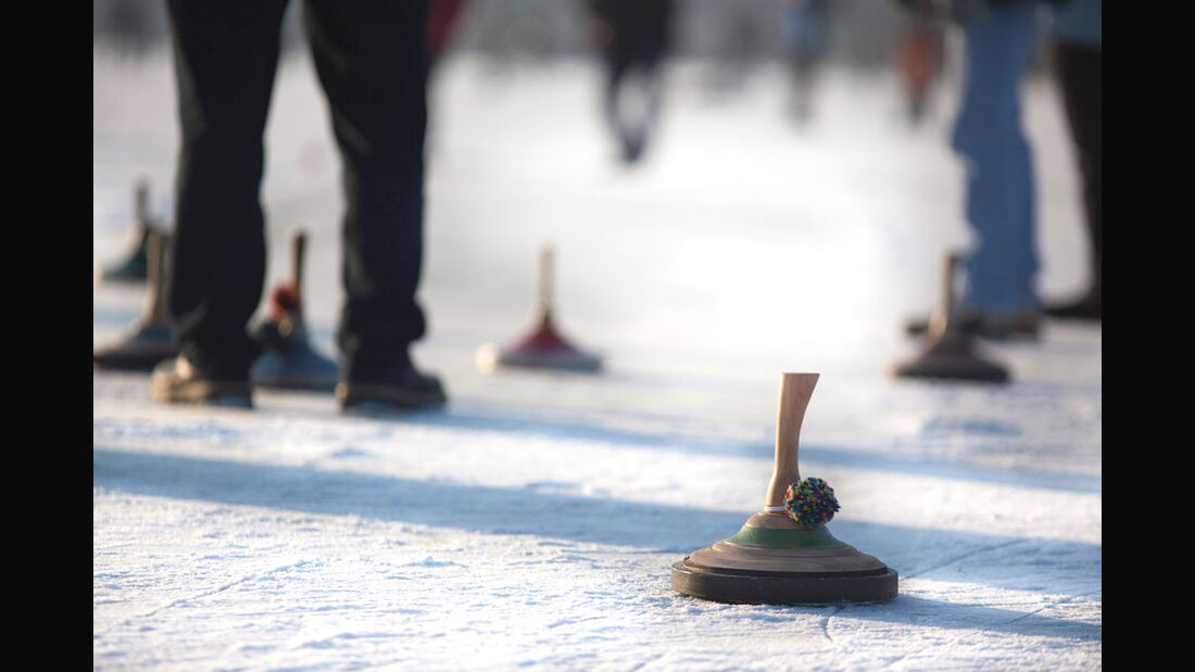 od-2016-bayern-winter-special-aktiv-durch-den-winter-.eisstock (jpg)