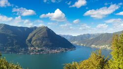 od-2018-italien-comer-see-lecco-berge-COLOURBOX26716110 (jpg)
