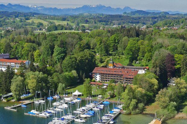 od-2018-mythos-bayern-Yachthotel_Chiemsee_luftbild (jpg)