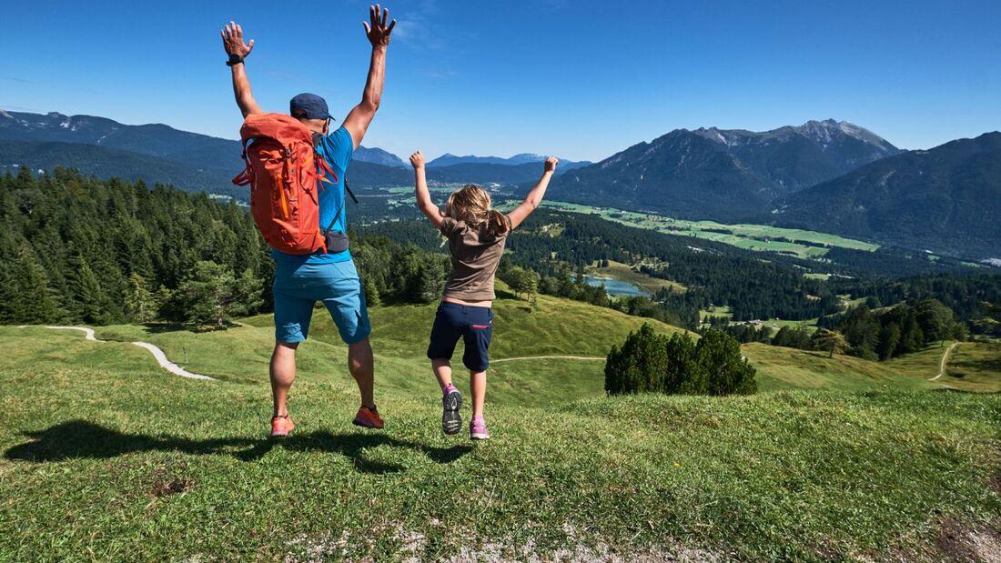 od-2019-bayern-family-alpenwelt-karwendel-Familienwanderung_am_Kranzberg (jpg)