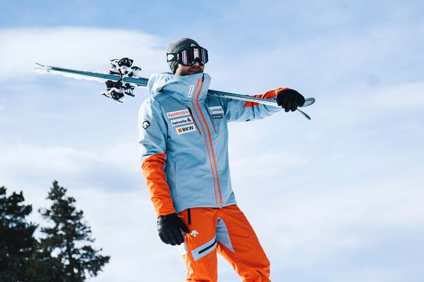 od-2019-ispo-descente-skijacke-Swiss-Ski-Replica1 (jpg)