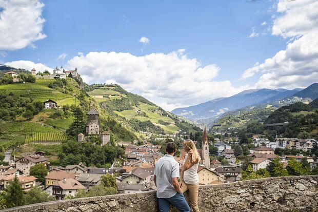 od 6 Mountain Days Brixen Südtirol 2019 - Wasser Licht Festival - Burg - Alex Filz