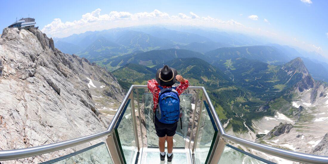od-dachstein-treppe-ins-nichts-skywalk-gery-wolf (jpg)