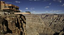 od-grand-canyon-skywalk-chris-murphy (jpg)