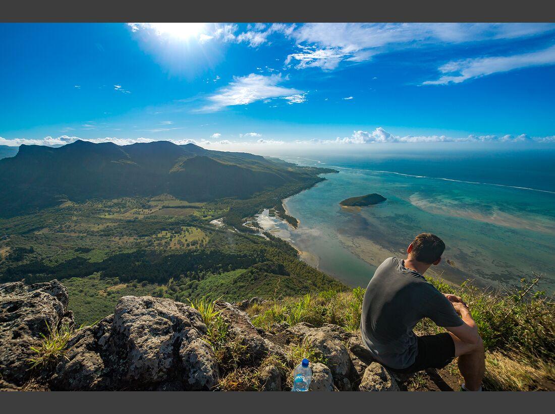 od-jubi-gewinnspiel-2018-stephan-kelle-Mauritius-Le-Morne-Brabant-Gipfel-Ausblick-Wandern (png)