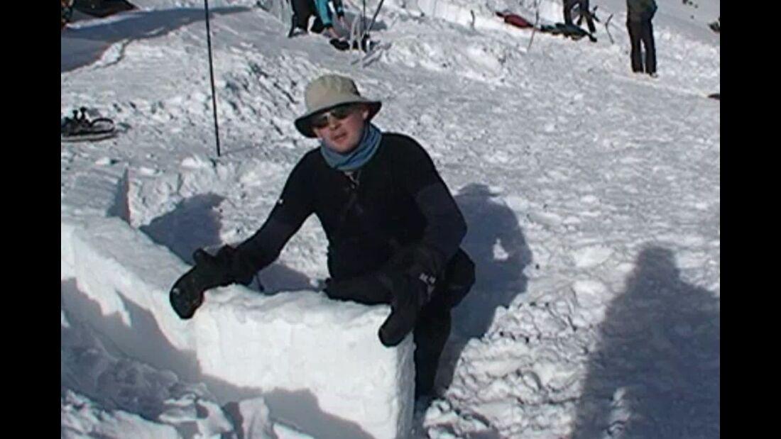 outdoor Praxis-Tipp: Iglu bauen