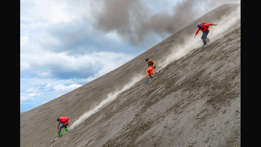 ps-smoothy-vulkan-ski-north-face-180 (jpg)