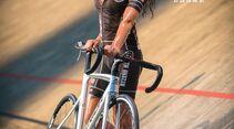 rb-sexy-cycling-kalender-Maerz2017