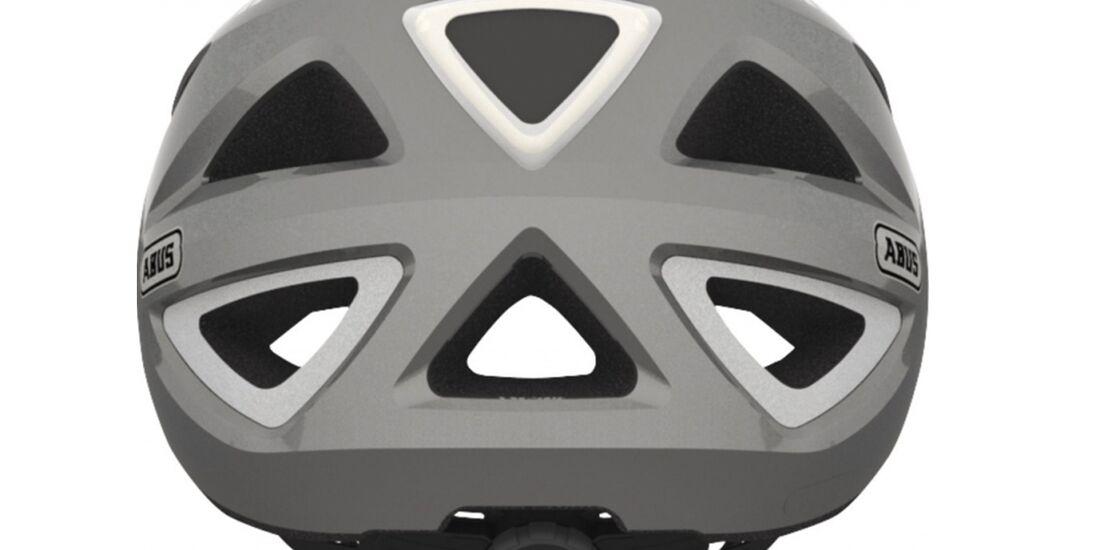 ub-fahrradbeleuchtung-herbst-licht-im-helm-1800.jpg